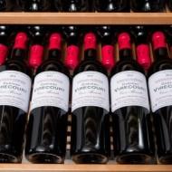 Vinoteca integrable para 168 botellas → Vinobox 168GC 2T Negro - detalle estantes con botellas de vino